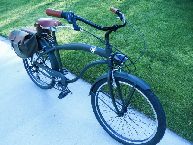 WWII-themed beach cruiser—the original fat bikes.