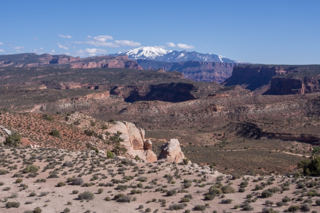 The view from the saddle before descending toward Yellow Jacket Canyon